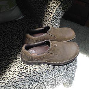 Men's Merrell Shoes Size 11 - Like New